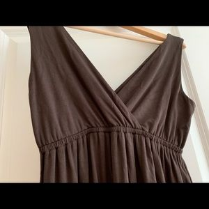 New york and company V neck dress